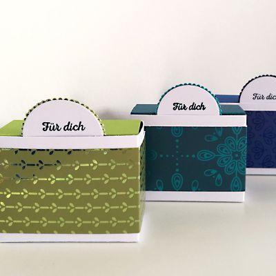 goodies mit dem besonderen designerpapier pfauenpracht